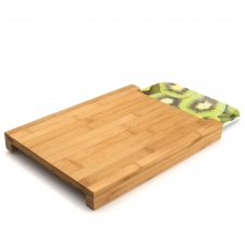 Bamboo Chopping Board W/Tray made by bergHOFF Worldwide .