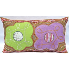 Carolina Dos Flores Pillow