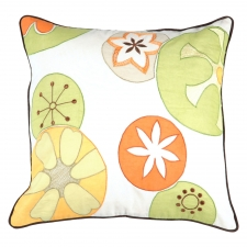 "18"" x 18"" Flowers Pillow, White"